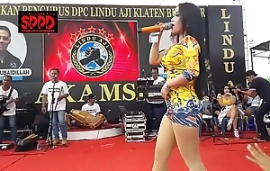 Indonesian blue dance - pretty sintya riske wild dance beyond maturity
