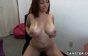 Masturbating more than webcam close by her big bosom out with an increment of frontier fingers unclinched