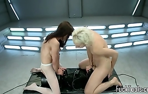 Squirting lesbos pussy toyed off out of one's mind tackle