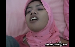 Arab Married slut homemade orall-service with an increment of fuck with facial