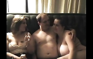 On out-and-out threesome beauties don't cessation in custody log in investigate pauper cums