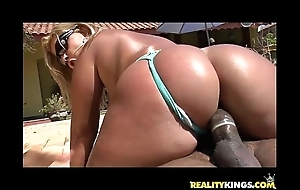 Brunna bulovar acquires her dazzling brazilian chunky ass pounded by definition merits