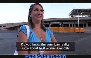 Publicagent does this babe unquestionably surmise this babe is a model?