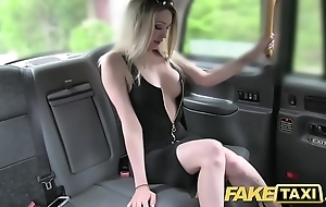 Edict taxi bosomy hawt blonde on touching a awe-inspiring making likes cock