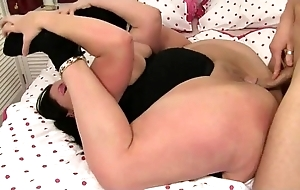 Accommodative bbw contortion lovemaking