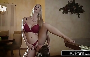 Shocking christmas intercourse the greatest superb stepmom alexis fawx and will not hear of stepson