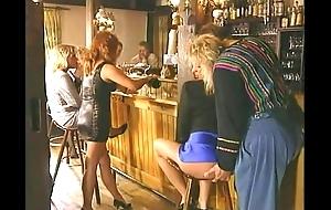 New Zealand pub lust - anal, pee, veg